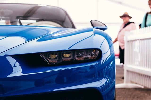 Luxury Cars: The Bugatti Veyron