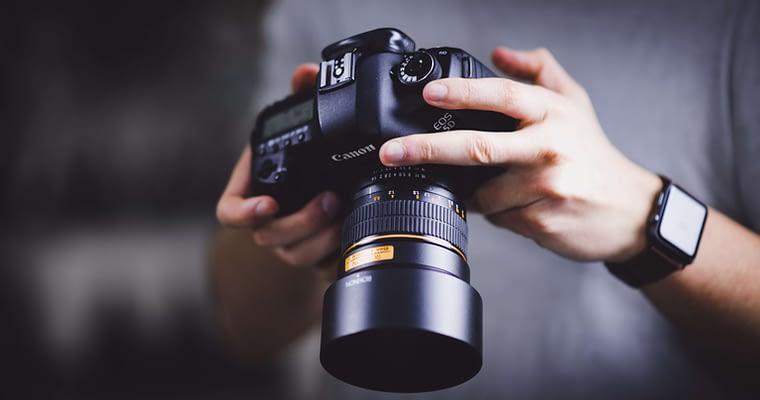 How To Buy The Best Birding Camera